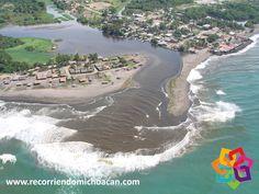 RECORRIENDO MICHOACÁN. ¿Sabía que en México existe una playa donde la arena es gris? A 35 km del poblado de Tecomán se encuentra esta Boca de Apiza, una playa donde la arena es gris. En ella desemboca el río Coahuayana, que es el límite natural entre los estados de Michoacán y Colima, le invitamos a disfrutar de este hermoso destino compartido. AG HOTEL http://www.aghotel.com.mx