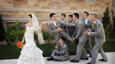 21 Must-have Groomsmen Photos Ideas to Make an Awesome Wedding , We've seen qu. - 21 Must-have Groomsmen Photos Ideas to Make an Awesome Wedding , We've seen quite many wedding ph - Perfect Wedding, Dream Wedding, Wedding Day, Trendy Wedding, Hotel Wedding, Wedding Rings, Unique Weddings, Wedding Stuff, Funny Weddings