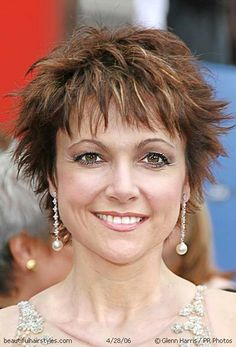 Terrific A Lady With Short Hairstyle Can Bring You To A Light Fabulous Short Hairstyles Gunalazisus
