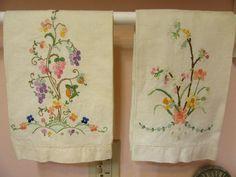 2 Vintage Linen Hand Towels Embroidered Floral
