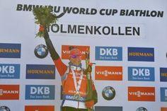 Pozrite si, ako Anastasia Kuzminová vyhrala stíhacie preteky v Oslo Oslo, World Cup, Anastasia, Baseball Cards, Biathlon, World Cup Fixtures