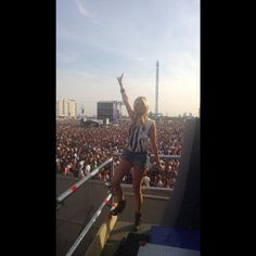 Working with Laura Whitmore at Wireless Festival 2013 for MTV #productions #live #music #intern