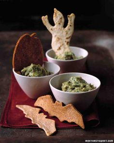 Guacamoldy with Creature Chips Recipe