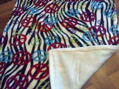 $20  Mini-blanket from Blanket-Palooza (Pennies-4-Paws) Pennies, Blanket, Friends, Cats, Mini, Tableware, Amigos, Gatos, Dinnerware