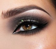 This girl has beautiful eyes and eye makeup. Wish there were tutorials. Joanna F.'s (maxineczka) Photos | Beautylish