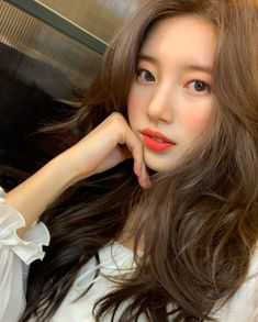 Suzy Alluring Beauty @ HanCinema :: The Korean Movie and Drama Database Bae Suzy, Suzy Instagram, Estilo Cool, Miss A Suzy, Kpop Hair, Korean Celebrities, Korean Actresses, Ulzzang Girl, Girl Crushes