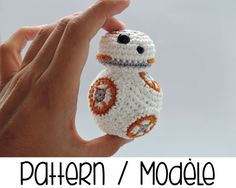 Crochet your very own BB-8 astromech with this pattern !  Star Wars : The Force Awakens is coming and BB-8 robot with it ! Isnt he cute with his