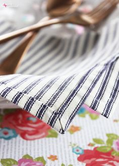 Learn how to sew mitered corners with this easy method that produces polished, professional results every time! Use this step-by-step photo tutorial to guide you every step of the way.