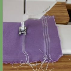 Sewing: Pintucks with double needle and special foot