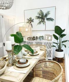 Tropical Interior, Tropical Home Decor, Tropical Houses, Coastal Decor, Tropical Vibes, Tropical Furniture, Tropical Colors, Boho Decor, Tropical Design