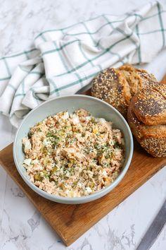 Zalmsalade met ei - Lekker op brood! - Lekker en Simpel