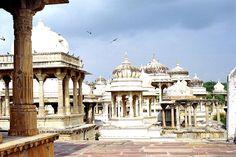 Udaipur (Rajasthan) — Wikipédia
