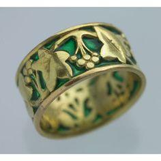 ART NOUVEAU Ivy Ring Gold Plique-à-jour enamel - Polyvore