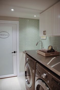 Countertop Backsplash Amp Tub Shower Surround Ideas On