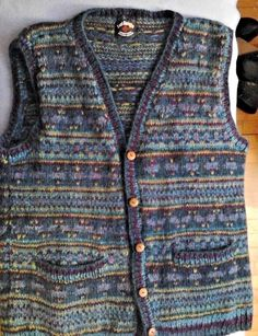Lost Horizons Women's Sweater Vest Hand Knit in Nepal 100% Kettle Kyed Wool OS #LostHorizons #Cardigan