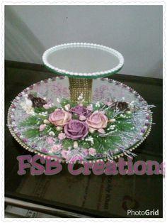 Ring platter Thali Decoration Ideas, Diwali Decorations, Indian Wedding Decorations, Wedding Gift Wrapping, Wedding Gifts, Engagement Ring Platter, Cake Stand Decor, Henna Candles, Ring Holder Wedding