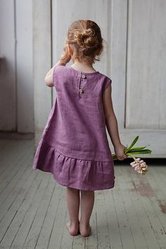 Washed and soft linen dress with ribbon for simple and casual look. ♥ DESCRIPTION: - made from Oeko-Tex certified 100 % European linen fabric which guarantees you that it meets human - ecological requ Fashion Kids, Little Girl Dresses, Girls Dresses, Baby Dresses, Peasant Dresses, Flower Girls, Flower Girl Dresses, Dress Girl, Dress Flower
