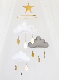 White and blue baby mobile-Blue nursery- Neutral gender nursery mobile-neutral baby gift- Gold Ceiling Mobile-Baby mobile-scandi mobile-cot Star Mobile, Cloud Mobile, Baby Mobile, Mobile Kids, Gold Nursery, White Nursery, Nursery Neutral, Nursery Decor, Nursery Crib