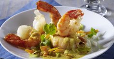 The best Thai Prawn Curry recipe you will ever find. Welcome to RecipesPlus, your premier destination for delicious and dreamy food inspiration. Prawn Recipes, Curry Recipes, Thai Prawn Curry, Best Thai, Jasmine Rice, Green Curry, Curry Paste, Coriander, Wok