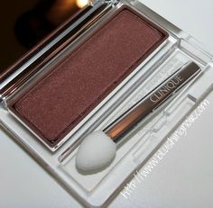 Clinique BLACK HONEY All About Shadow Eyeshadow Single Swatches, Review & EOTD http://blushingnoir.com/2014/02/clinique-black-honey-shadow-eyeshadow-single-swatches-review-eotd/ #MakeupCafe