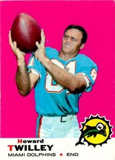 1969 Howard Twilley American Football League, National Football League, Football Trading Cards, Football Cards, Football Memes, Nfl Football, 1972 Miami Dolphins, Nfl History, Football Conference