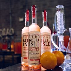 """Who's serving Ruby Red in your neck of the woods? We're looking to build out our """"cocktails"""" page with even more grapefruit goodness - tag a bartender or restaurant who needs to be featured!  #belleisleshine #rubyred #moonshine"""