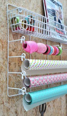 Stotage idea for ribbon Craft Organization, Craft Storage, Paper Storage, Diy Interior, Getting Organized, Room Inspiration, Craft Supplies, Gift Wrapping, Diy Crafts
