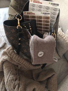 Must Haves, Burlap, Reusable Tote Bags, Image, Fashion, Moda, Hessian Fabric, La Mode, Fasion