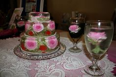 Believe this?? A wedding cake??? It's 100% gelatin art. Totally edible, delicious and gluten free..YUP..even the flower. See more at... http://www.thejellolady.com