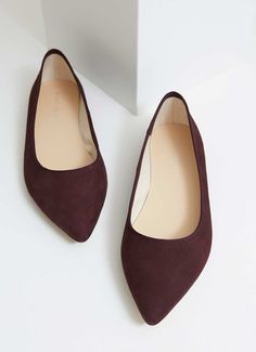 7d44a0e64027 Becky · Mint Velvet · Add some texture to your footwear collection in these  chic bordeaux pointed pumps. Available in