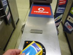 Using an Oyster Card in London | London Travel Guide