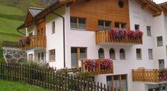 Haus Viola - 3 Star #Apartments - $63 - #Hotels #Switzerland #Samnaun http://www.justigo.org/hotels/switzerland/samnaun/haus-viola_234.html