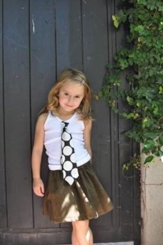 Love this look.  I have been wanting to use ties on a little girl...love how she rocks this!!