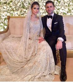 Jania looking gorgeous in this Sania Maskatyia bridal. Asian Wedding Dress, Pakistani Wedding Outfits, Bollywood Wedding, Asian Bridal, Pakistani Wedding Dresses, Bridal Outfits, Wedding Party Dresses, Walima Dress, Bride Dresses