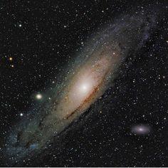 2,821 отметок «Нравится», 16 комментариев — Universe Today (@universetoday) в Instagram: «Stellarvue Telescopes @stellarvue.telescopes.official here one last time today, featuring the…»