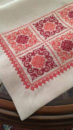 Biscornu Cross Stitch, Cross Stitch Sampler Patterns, Hand Embroidery Design Patterns, Hand Embroidery Art, Cross Stitch Art, Modern Cross Stitch Patterns, Cross Stitch Flowers, Cross Stitch Designs, Cross Stitching