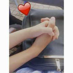 Pin by vi'x vi'x on yêu thương Couple Goals Teenagers Pictures, Cute Couples Teenagers, Cute Couple Images, Boyfriend Goals Teenagers, Teenage Couples, Cute Couples Goals, Anime Couples, Photo Main, Applis Photo