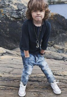 the outfit, the chain, too cute! Stylish Little Boys, Trendy Kids, Stylish Kids, Cute Kids, Little Boy Fashion, Baby Boy Fashion, Toddler Fashion, Kids Fashion, Kid Styles