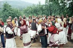 Romanians dancing the hora, Oas County Folk Costume, Costumes, Old Pictures, Dancing, Europe, Popular, Country, Inspiration, Clothes