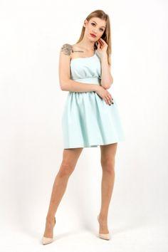 sukienka zaprojektowana przez polską markę s.Moriss, znajdź nas na Facebook!: www.facebook.com/lovesmoriss/  s.moriss s moriss smoriss  sukienka koktajlowa, sukienka, suknia, sukienka na wesele, sukienka wizytowa, koronka, rozkloszowana, kobieca, modna, Facebook, Dresses, Fashion, Vestidos, Moda, Fashion Styles, Dress, Fashion Illustrations, Gown