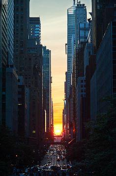 Manhattanhenge, 42nd Street, NYC