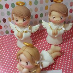 1 million+ Stunning Free Images to Use Anywhere Polymer Clay Figures, Cute Polymer Clay, Cute Clay, Fimo Clay, Polymer Clay Projects, Clay Angel, Christening Favors, Polymer Clay Christmas, Free To Use Images