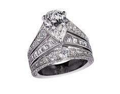Chaumet Tiara ring with a variety of diamond cuts