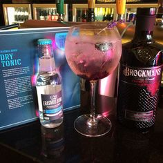 Gin of the week at The Tube Bar - Luxembourg. Premium Gin, Luxembourg, Blackberry, Vodka Bottle, Bond, Tube, Lavender, Drinks, Drinking