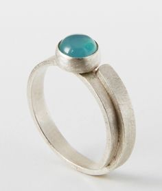 Ring set with a beautiful Blue Chalcedony Gemstone  Silver (925)  Hand-crafted  Size Small (British size L)  Dimension: Band Width 2.70mm. Thickness 0.95mm  Gemstone: 6mm