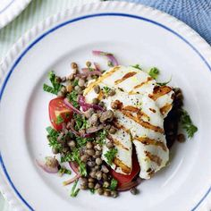 Halloumi with warm lentil salad - Remember to drain the salad!