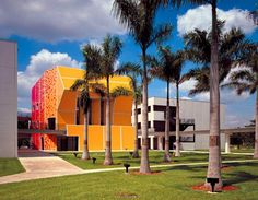 Virginia Duran Blog- 23 Spots You Shouldn't Miss in Miami If You Love Architecture- Paul L Cejas School of Architecture Building by Bernard Tschumi