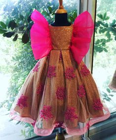 Deepika Gold Sparkle Dress for Girls - A glitter sparkle gown with floral motifs spread across and organza frilly sleeves. Baby Frock Pattern, Frock Patterns, Baby Girl Dress Patterns, African Dresses For Kids, Little Girl Dresses, Girls Dresses, Girls Frock Design, Baby Dress Design, Kids Dress Wear