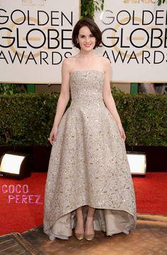 Golden Globes 2014: Michelle Dockery walks the red carpet.
