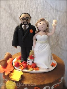 old couple wedding cake toppers anniversary cake topper cakes by erincakes by 17982